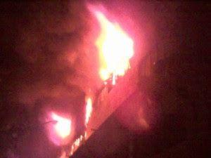 Σώθηκαν τελευταία στιγμή από ηρωικούς Πυροσβέστες δύο άτομα και ένα κατοικίδιο στην Θεσσαλονίκη