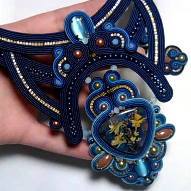 #soutachejewelry #soutache #soutachemania #design #amazing #accsesories #fashion #jewerlydesign #jewelry #bijoux #bijouxhandmade #look #style #world #стиль #сутаж #сутажныеукрашения #украшения #украшенияручнойработы #ручнаяработа #липецк #handwork #handmade #дизайн