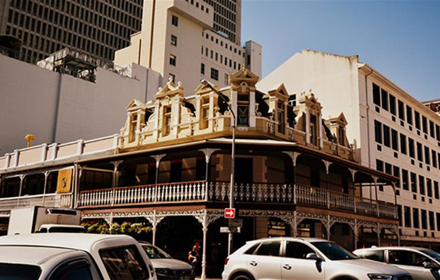 Some amazing sights can be seen while strolling down Long Street in Cape Town! http://www.citysightseeing.co.za/