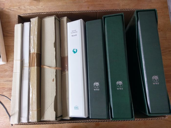 WWF - Themaverzameling in 4 albums en 5 voorraaddozen in verhuisdoos  WWF: Geheel geïllustreerde verzameling met veel achtergrondinformatie afwisselend voorzien van postfrisse postzegels en covers. In 2 speciale ordners met opbergbox. (1 box ontbreekt) Albums zijn redelijk tot goed gevuld..EDEL: Verzameling Wereld divers goed gevuld en tevens nog een zak postzegels extra aanwezig.5 Dozen: Zeer goed gevuld met honderden pakketten en kaartjes vol met zegels. Diverse thema's van de hele wereld…