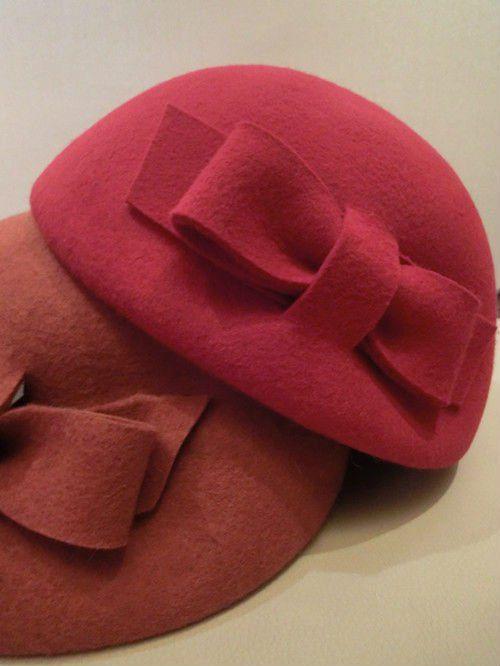 118 best images about boinas gorros sombreros on - Como hacer cuadros de tela ...
