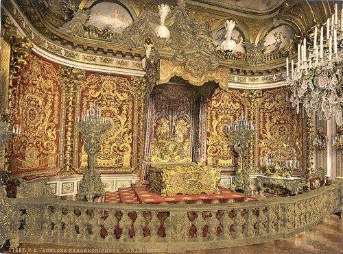 Royal Bedroom Interior DesignInterior