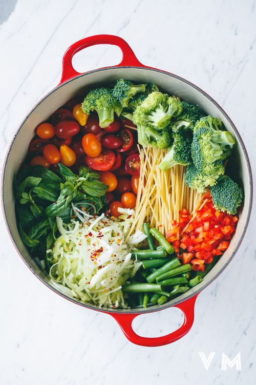 Big pot full of vegetables - what everyone needs for new year resolutions!