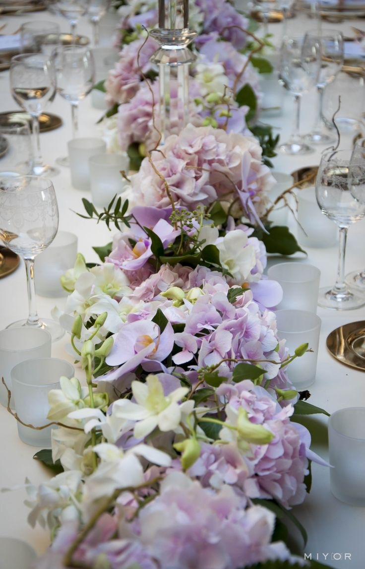 table setting, orchids Flowers by Jardin Divers www.jardindivers.it @jardindivers wedding in tuscany, wedding flowers, italian wedding, wedding in italy, tuscany wedding, castle wedding, romantic wedding, orchid wedding, pink wedding, gold wedding, royal wedding, long table receivement, long table wedding, outdoor wedding, Arabic wedding, Castello di Vincigliata