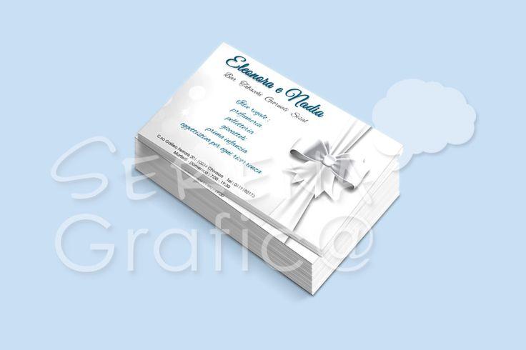 Progettazione, realizzazione della grafica e impaginazione del biglietto da visita. Logo semplice con grafica vettoriale del fiocco e background.