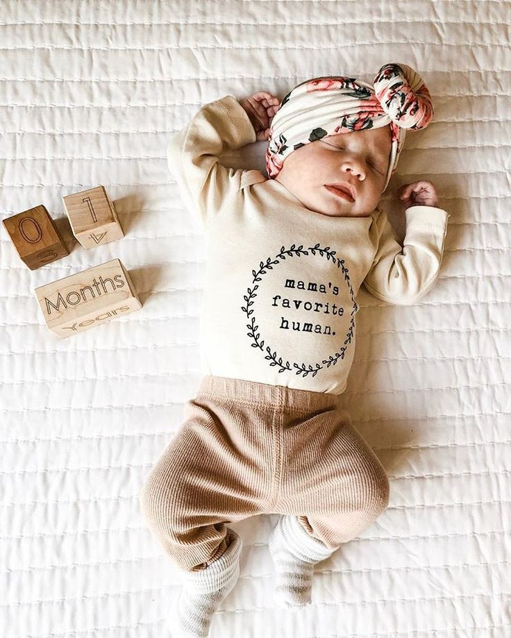 Our Sweet Girl Is Officially 1 Month Old Thank You For All Your Continued Love And Suppor Neutral Baby Clothes Unisex Baby Clothes Gender Neutral Baby Clothes