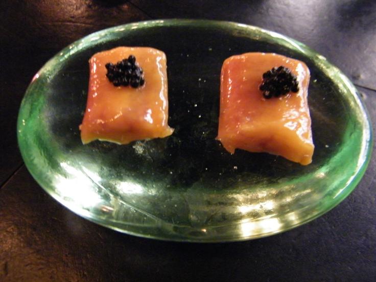 Smoked eel w white chocolate & caviar