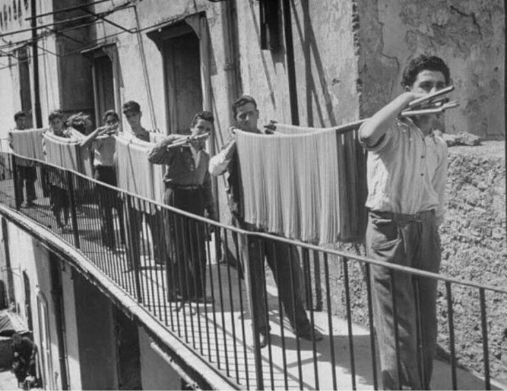 Pasta factory,  Napoli 1934