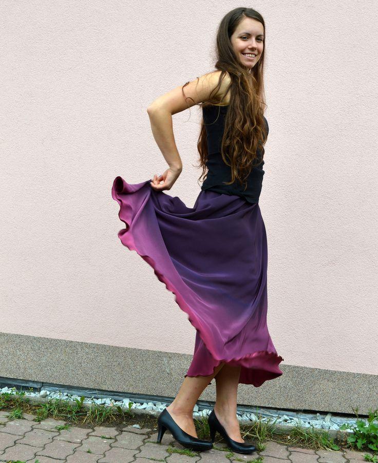 Hedvábná sukně- rozkvetlé fialky