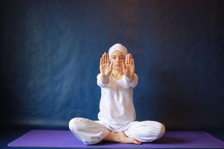 Медитация для открытия сердца | Кундалини йога | Кундалини йога для начинающих | Школа Кундалини йоги ВЕНЕРА | k-yoga.ru