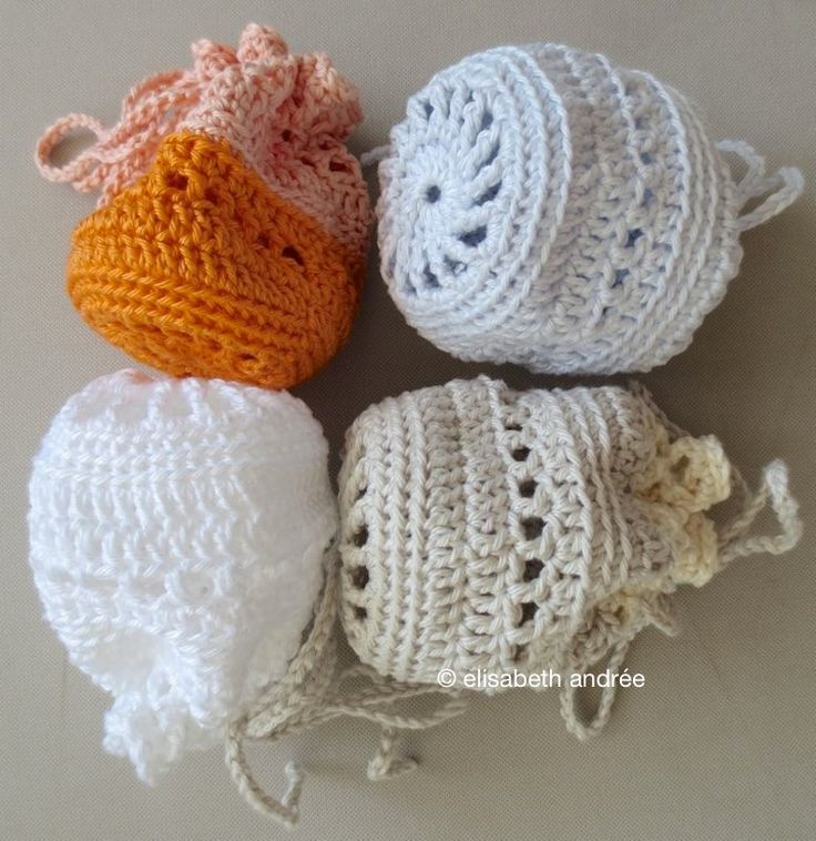 it is almost weekend for you and me:) last night and this morning i made a few pouches, it's too hot for larger projects.i used cotton yarn of catania and phildar with crochet hook size 3.5 mm a...