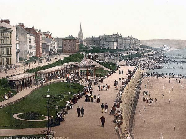 i REALLY like going to bridlington i always go when i go to the caravan me my mum and dad get fish and chips and sit on a bench looking over at the beach awwwwww wish i was there now ;)