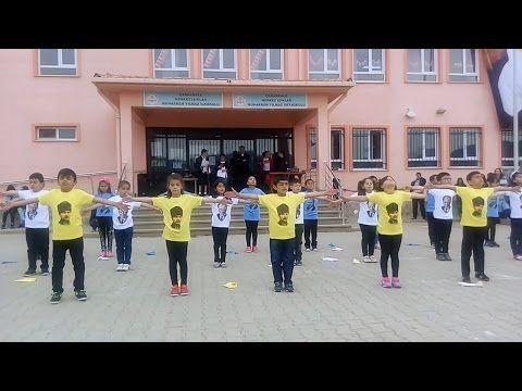 23 Nisan Gösterisi / Yollarda Bulurum Seni (Atatürk) - 2 - YouTube