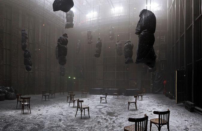 <i>Pleine Nuit</i> de Christian Boltanski, Jean Kalman et Franck Krawczyk