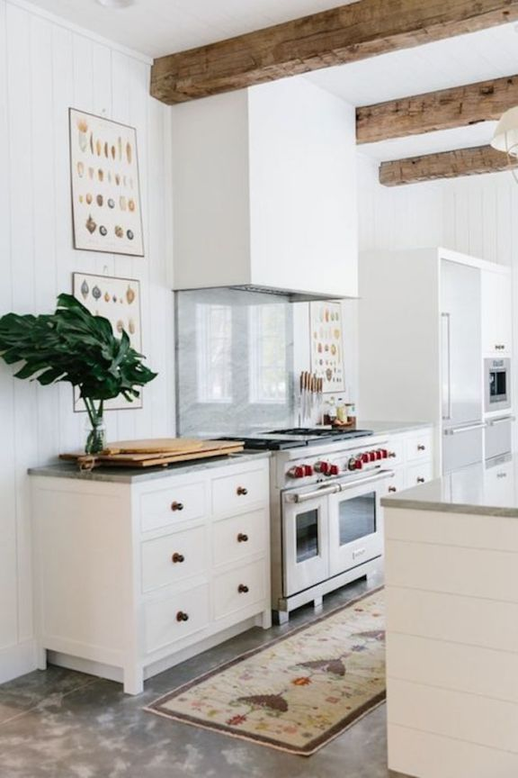 Becki Owens Design Trend 2018 Minimalist Range Hoods Decoracion De Cocina Encimeras De Cocina Cocina Minimalista