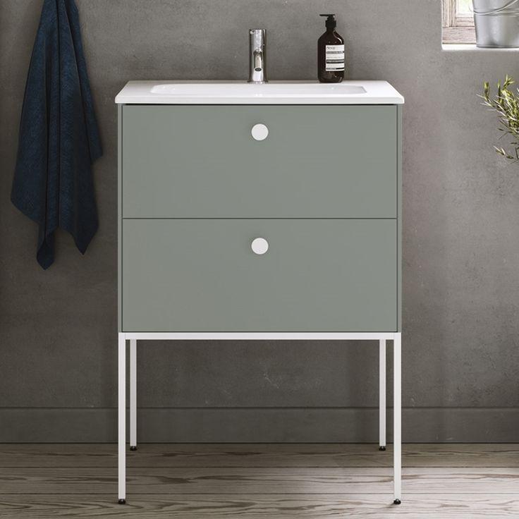 Stram och elegant med en twist. En kommod i minimalistisk stil som tänjer på gränserna. LessMore delad front - mintgrön - LM16 | Ballingslöv