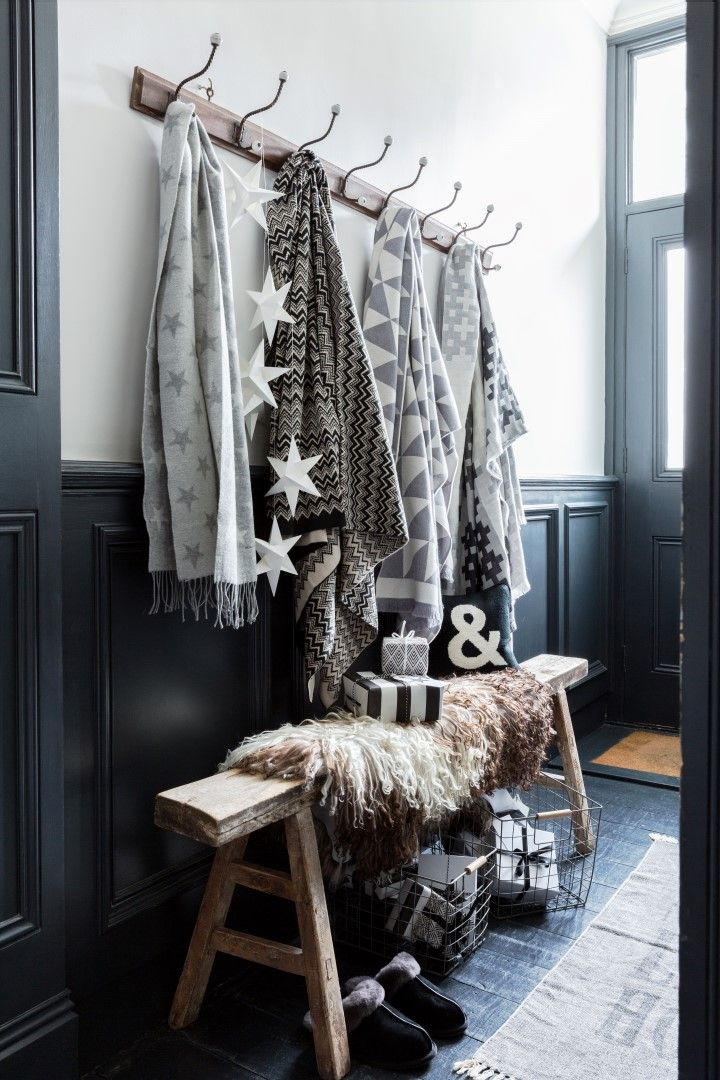 Glacier | Christmas Inspiration | Let's give your home a little interior update in time for the festive seasons! Cosy throws in geometric prints and soft grey tones are perfect for snuggling up in or layering on the sofa!