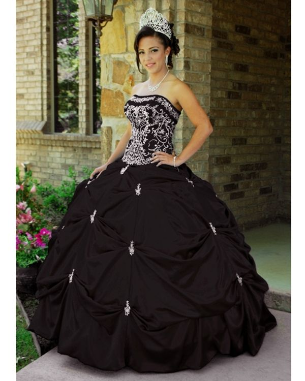 17 Best ideas about Black Quinceanera Dresses on Pinterest  Emo ...