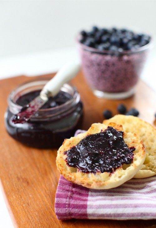 blueberry butter in a slow cooker