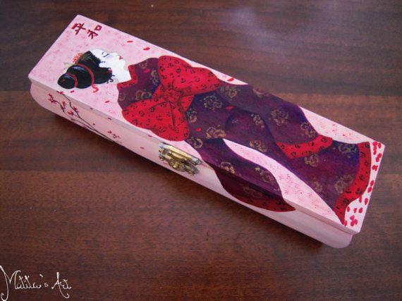Geisha box hand painted by Matita's Art