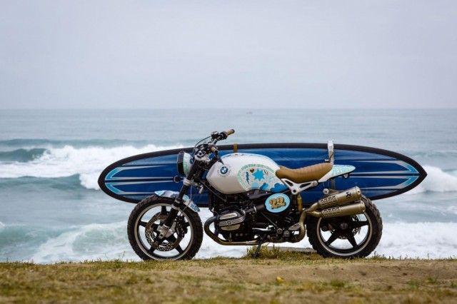 BMW est à l'origine d'un nouveau concept de moto, basé sur le modèle R nineT. Baptisée « Concept Path 22″ en référence à un spot de surf caché, inaccessible en voiture, dans le Sud-Ouest de la France et dont le sentier y conduisant porte le numéro 22, la moto est ornée d'une peinture unique créée par Ornamental Conifer.