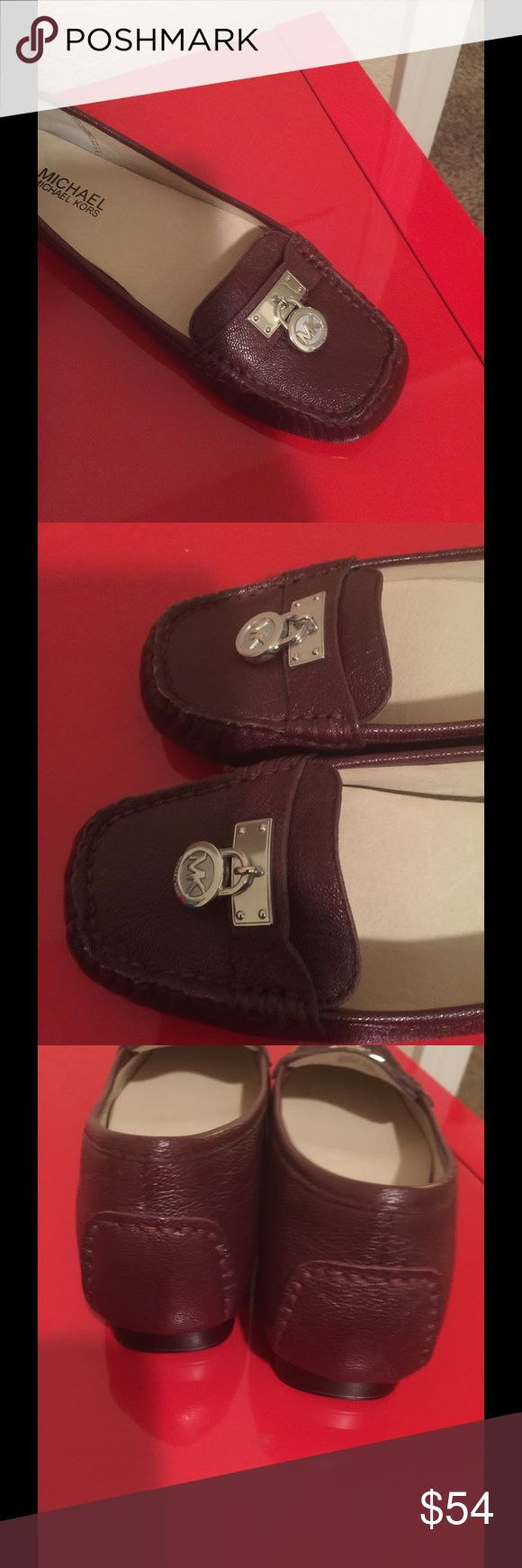 """NWT dark red MK shoes silver 6 Cute flats with a little heel lift 1"""" Dark red like red red wine Size 6 Michael Kors Shoes Flats & Loafers"""