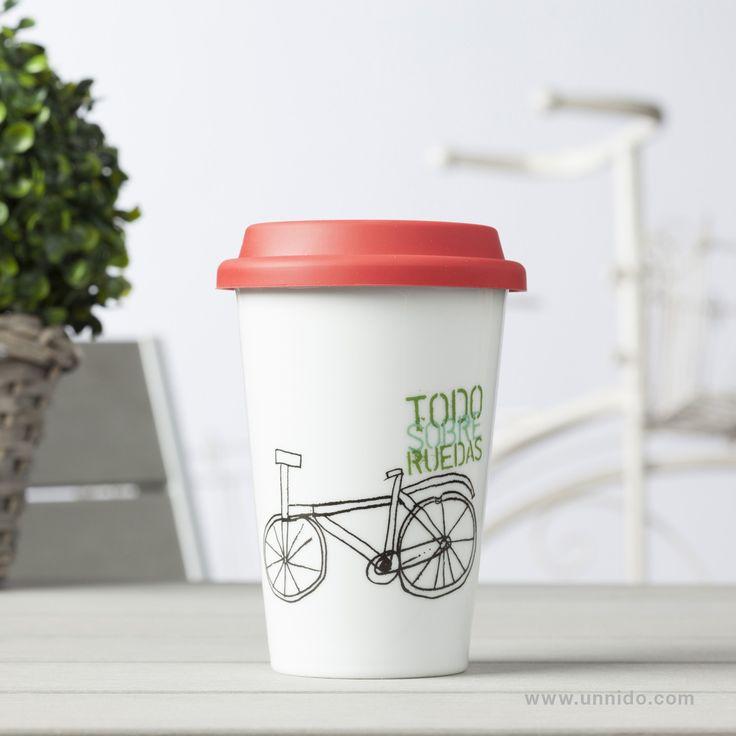 #Taza #Termo Bici Pequeña. Quizás nuestro modelo de bicicleta más urbano y fácil de guardar. Esta taza termo incluye una tapa especial reutilizable para conservar mejor la temperatura de los líquidos. Diseñadas e impresas por personas con #discapacidad intelectual.  Disponible en #Unnido: https://www.unnido.com/taza-termo-bici-pequena.html