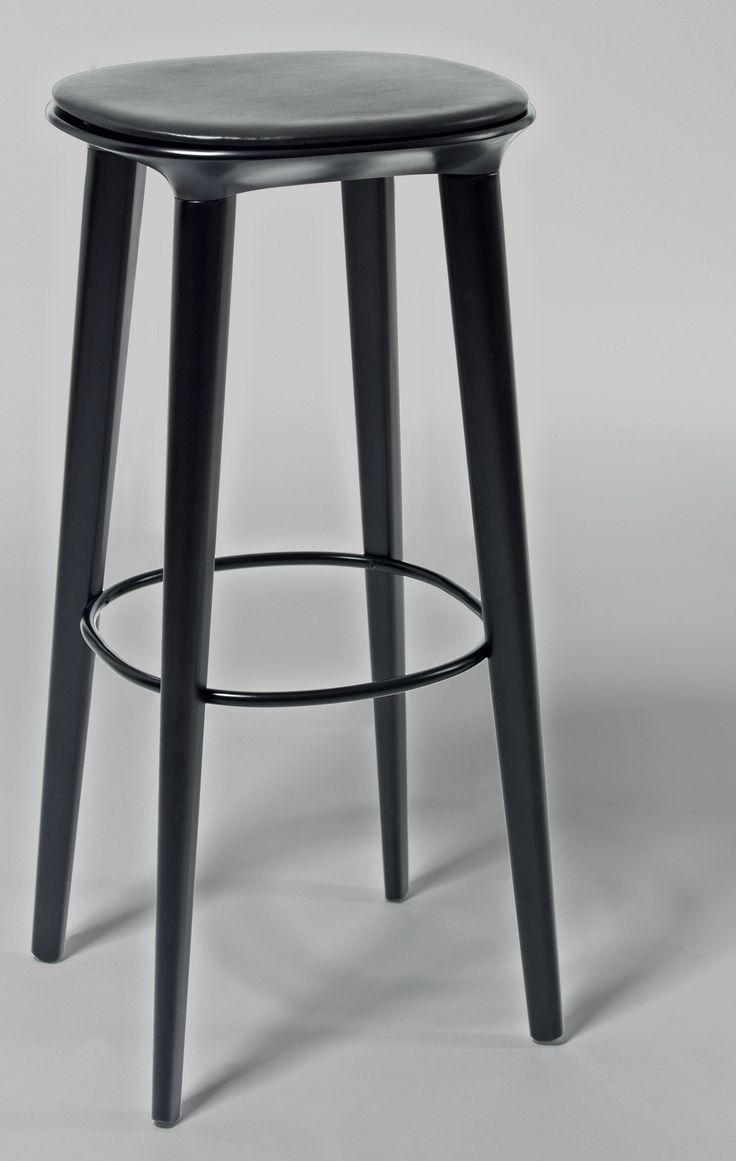 Audrey björk barstol H78 - skinnsits från minus tio hos ConfidentLiving.se