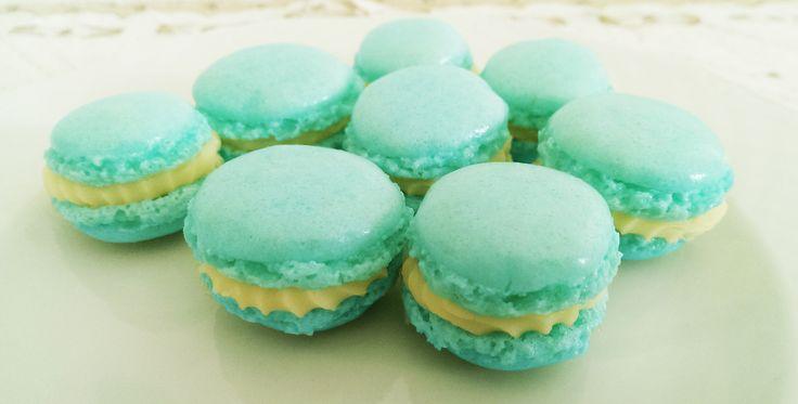 Macarons http://blog.giallozafferano.it/vdolci/macarons/