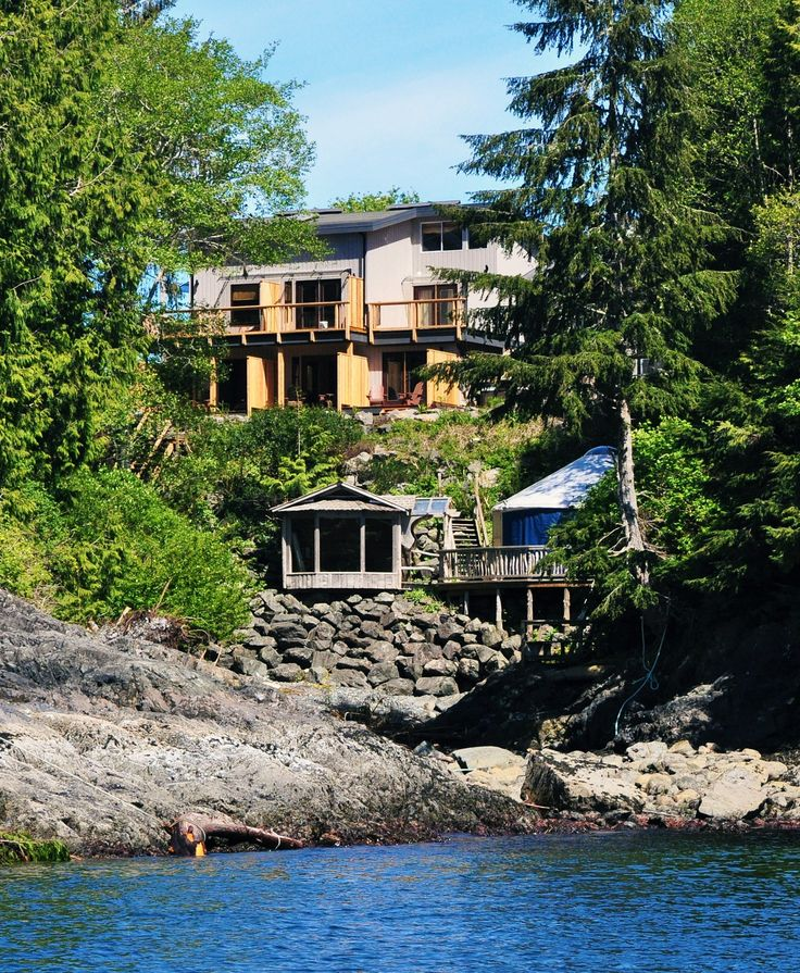 Cable Cove Inn