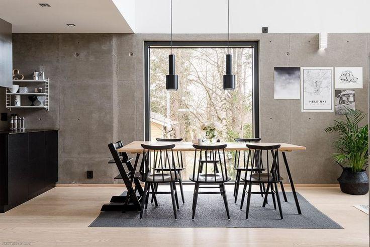 Espoon Kuurinniityssä sijaitseva moderni elementtikivitalo on tehty vaativaan makuun. Laadukkaat materiaalit ja tarkkaan rajattu värimaailma...