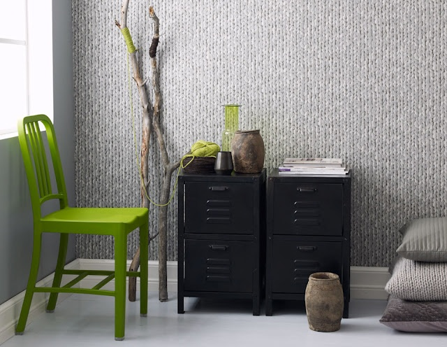 A knitted wall ! Love this Norwegian wallpaper!