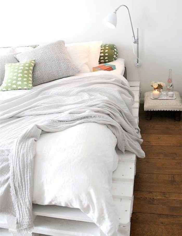 die besten 25 leselampe bett ideen auf pinterest kopfteil bett bett kopfteile und. Black Bedroom Furniture Sets. Home Design Ideas