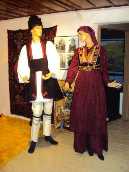 Βλάχικες φορεσιές Aνατολικού Βερμίου / Vlach costumes the Eastern Vermios