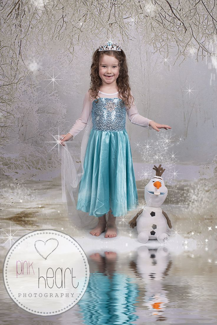 Frozen themed photo studio with olaf shoots Launceston Tasmania .