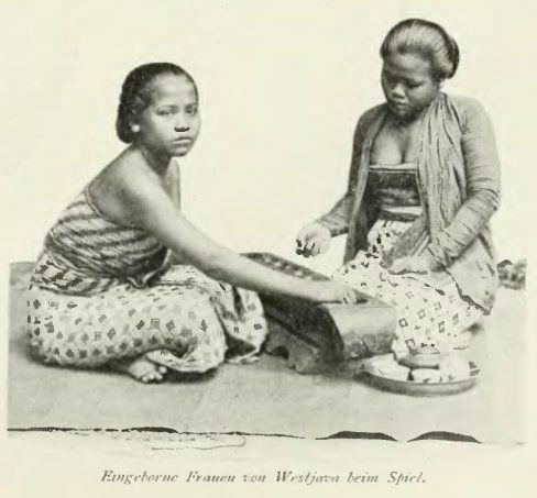 """Dolanan """"Congklak"""" 1899"""