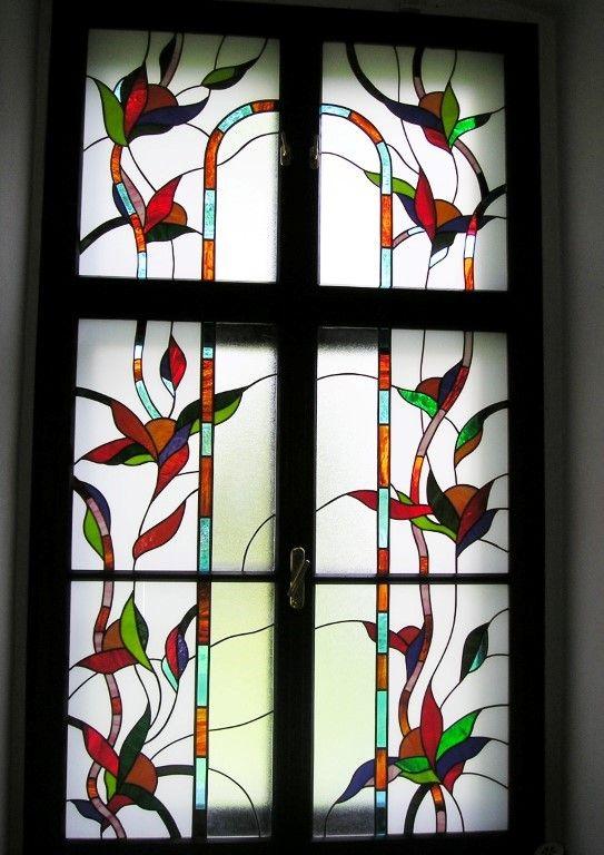 Bunte Bleiglasfenstereinlagen für Raumteiler  http://at.sooscsilla.com/portfolio/bunte-bleiglasfenstereinlagen-fuer-raumteiler/ http://at.sooscsilla.com/herstellung-von-bleiglasfenster-und-bleiglastueren-fuer-privat-und-unternehmen/