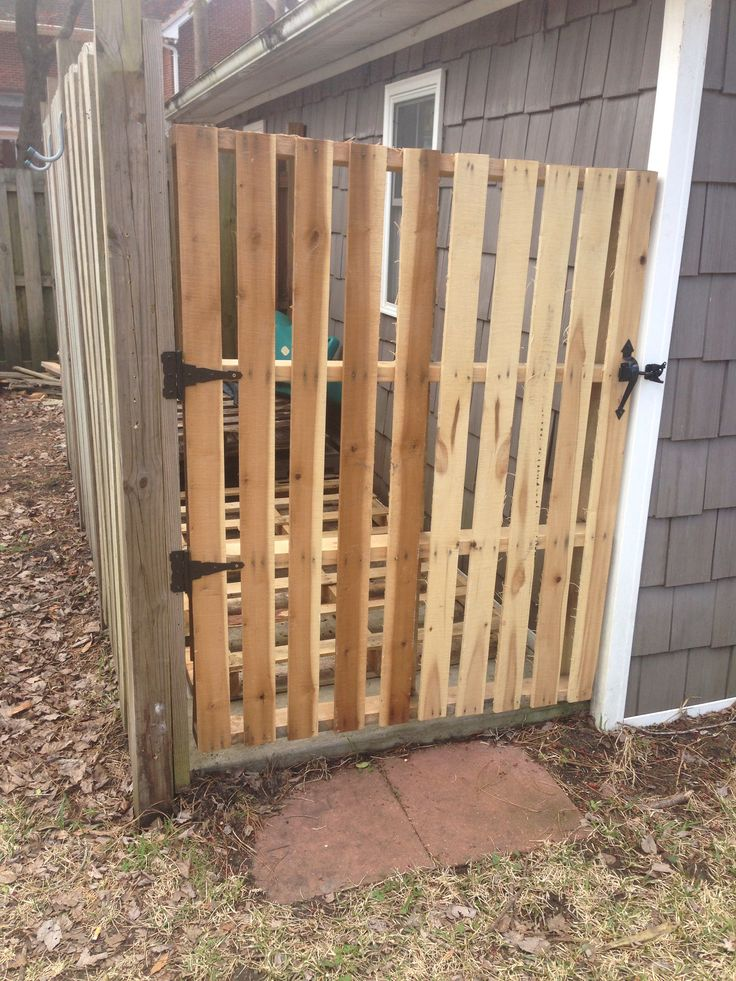 Best 25 pallet gate ideas on pinterest diy gate barn for Diy pallet fence gate