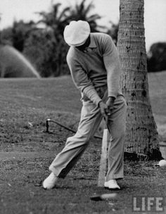 You do not need to have 27 swing thoughts in your head at address.  Just do this one thing to hit like the pros.