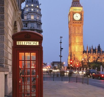 London: Not only are there things I want to see here - but I want to just listen to everyone's accent!