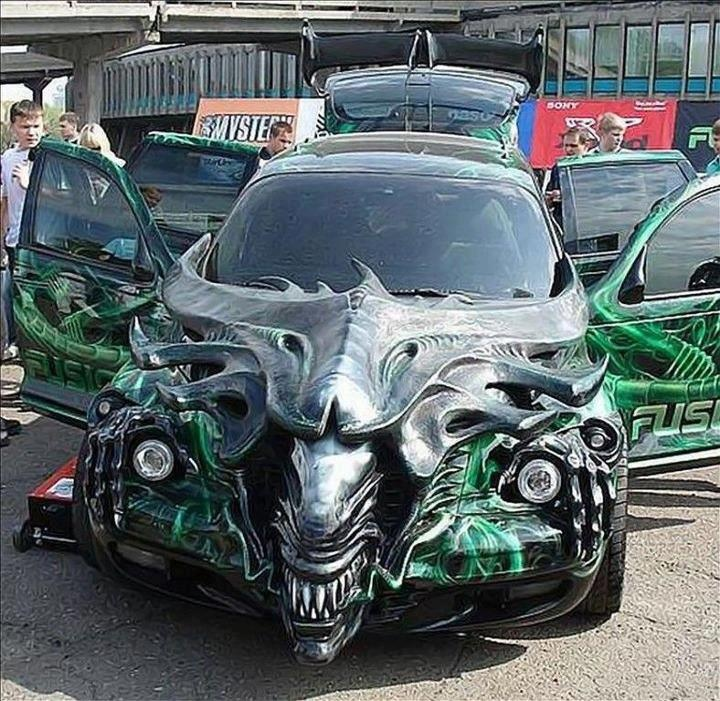 Alien queen car built by dragon car modders in krasnoyarsk russia