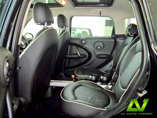 Mini cooper s countryman all4 1 6 at exterior absolute black interior lounge carbon black - Countryman interior ...