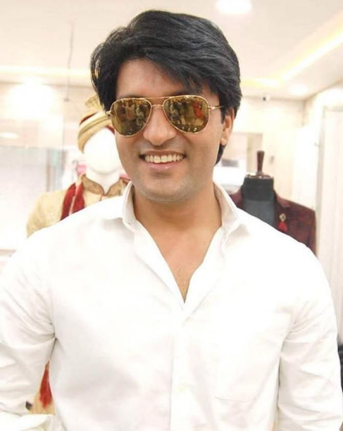 Anas Rashid Shares The First Picture Of His Wife-To-Be Heena - BollywoodShaadis.com