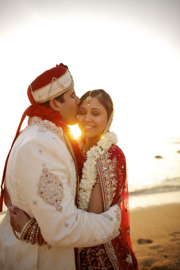 indian american wedding in Hawaii, photos by Anna Kim Photography   via junebugweddings.com