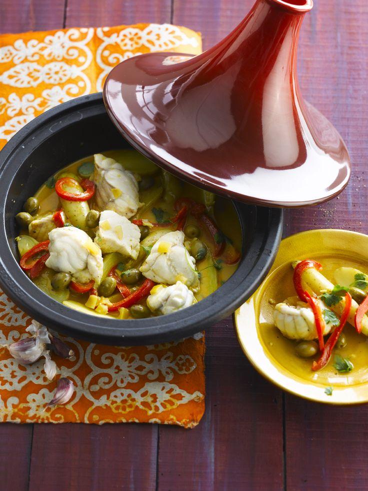 Tajine van zeeduivel met olijven en ratte aardappelen