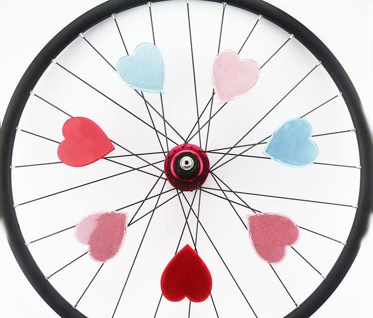 Drift Maniac Bicycle Wheel Rim Spoke Reflective Reflector Love Shape For Colorful MTB Road Bike Light Cycling Bicycle Reflector