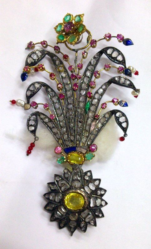 Antique Royal gold gemstones set Brooch pin Maharaja turban pin