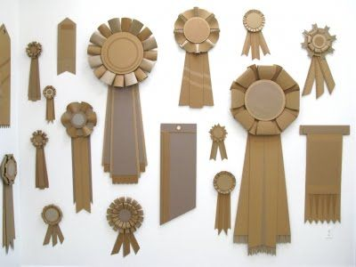 giant prize ribbons