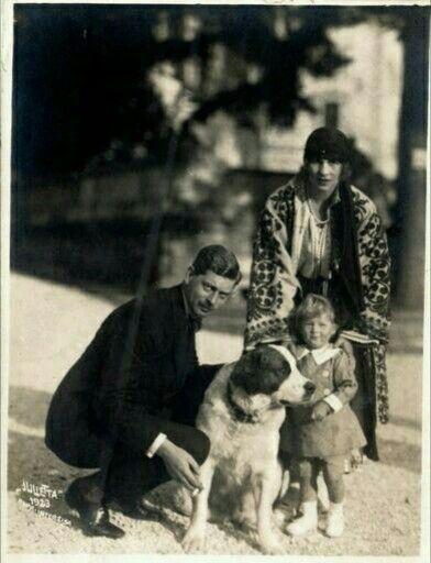 Regele Carol ll Regina Elena si Printul Mihai