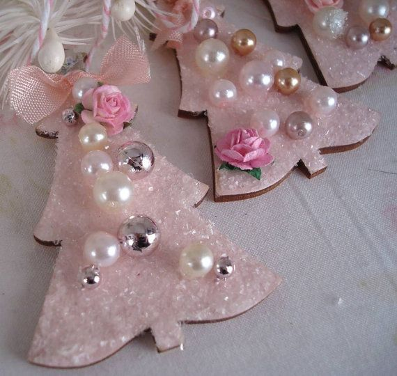 Ah . . . pink Christmas Trees would make delightful gift tags for our extra special Christmas candles.